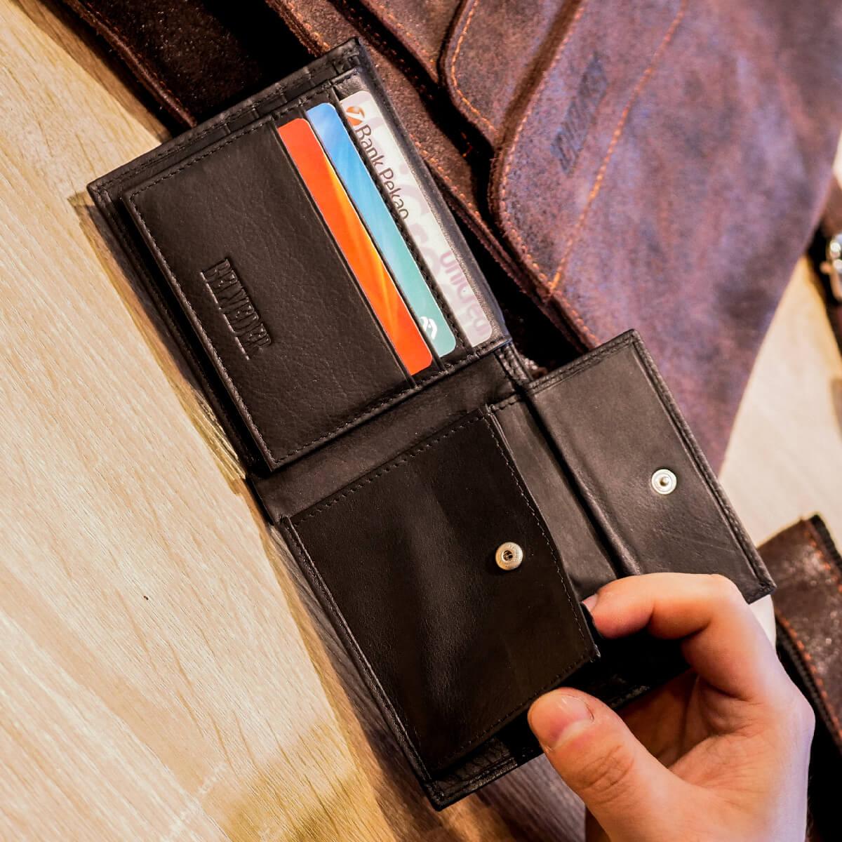 73d0e6c9e36e8 ... damskie portfele ze skóry ...