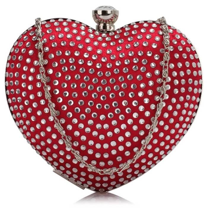 czerwona torebka puzderko serce