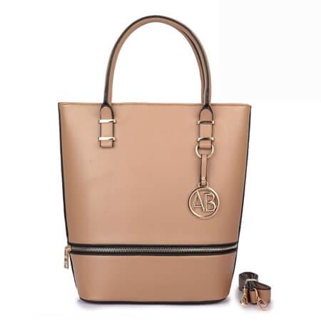 torebka na prezent pod choinkę